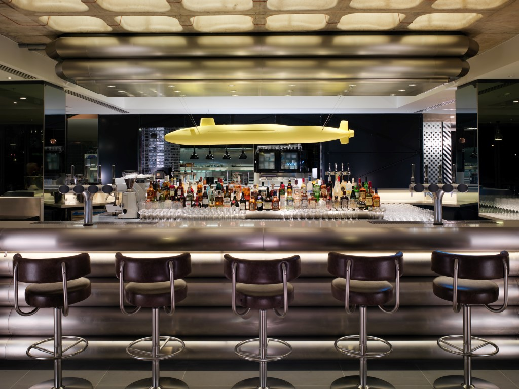 Sea Containers Bar - Image courtesy of Mondrian London