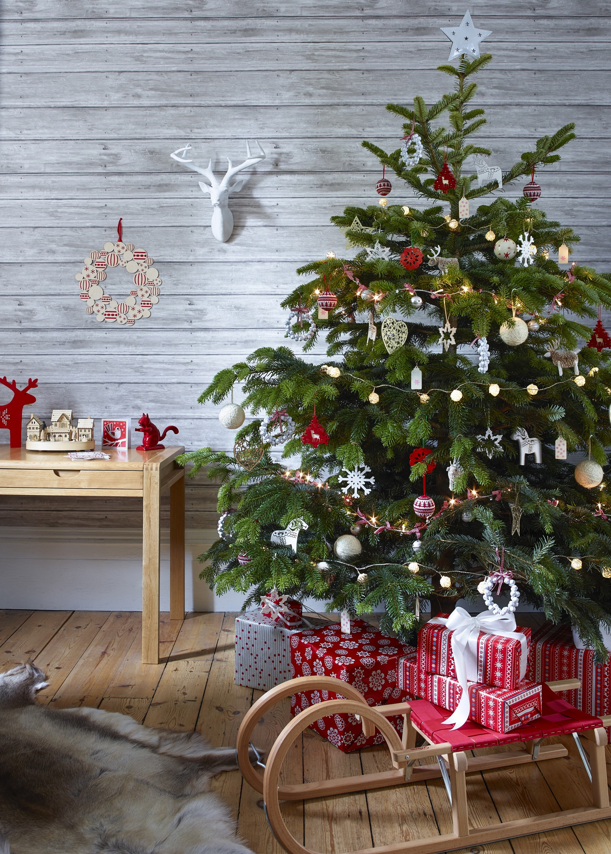 christmas decorating 49 ideas for your festive interior - Interior Christmas Decorating Ideas