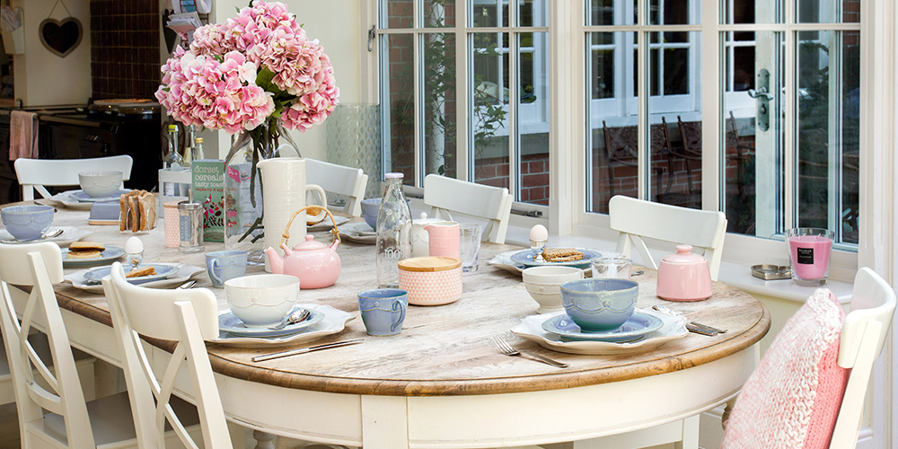 rose quartz and serenity tea party setting