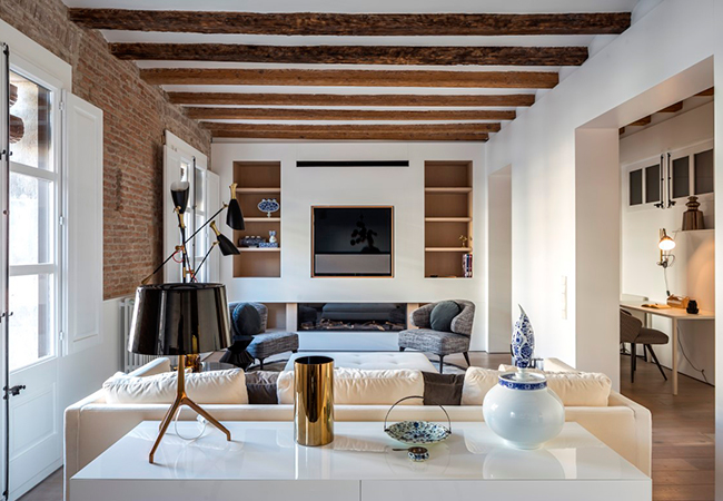 Inside a Stylish Barcelona Apartment