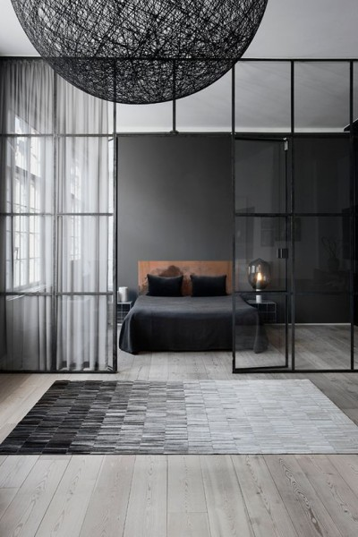 Minimalist bedroom | Discover more interior design styles on The LuxPad