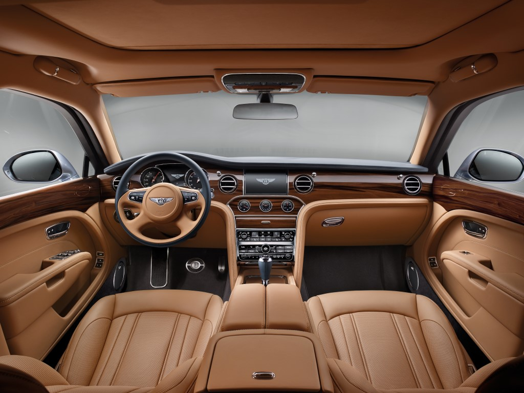 Bentley mulsanne s luxurious interior the luxpad for Top 50 luxury car interior designs