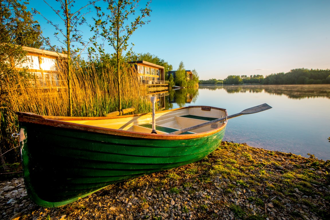 Boat by the Lake - Image courtesy of The Lakes by yoo