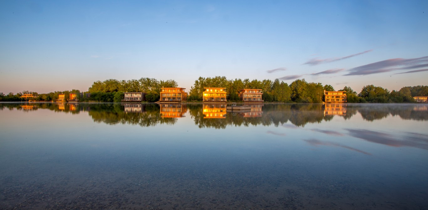Lake and Houses - Image courtesy of The Lakes by yoo
