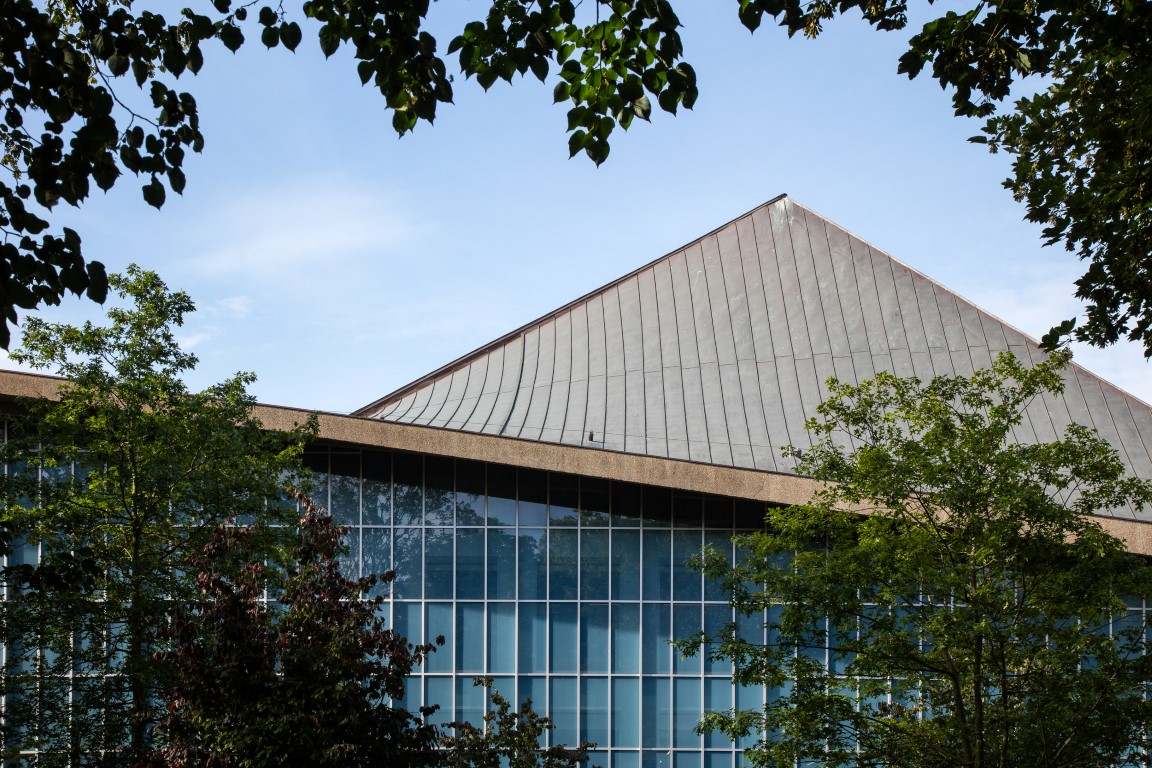 New Design Museum - Photograph by Luke Hayes