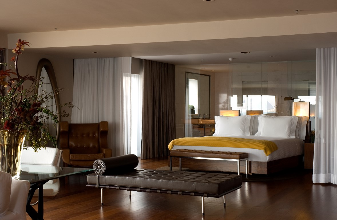 philippe starck s first complete hotel project fasano rio de janeiro the luxpad. Black Bedroom Furniture Sets. Home Design Ideas