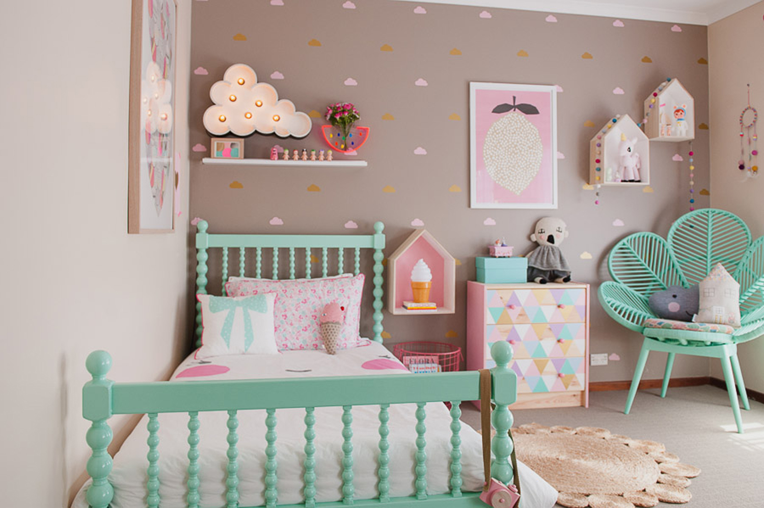 27 stylish ways to decorate your children 39 s bedroom the for Children bedroom designs girls