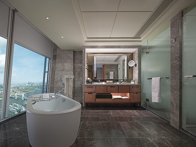 Shangri-La Hotel at the Shard – London, Luxury Bathrooms
