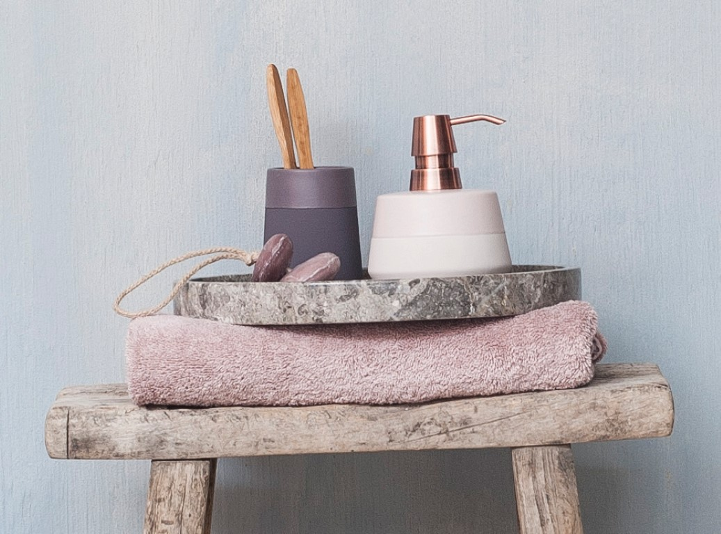 How to Update Your Bathroom with Accessories