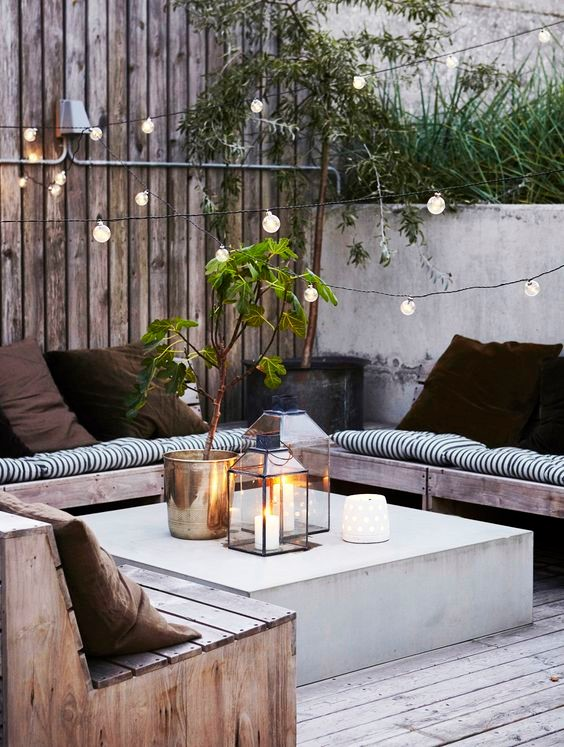 Angharad-Jones-StyleTrunk-Outdoor-Lighting-Ideas