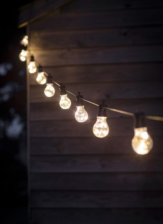 Charlotte-Amor-Outdoor-Festoon-Lighting-Ideas