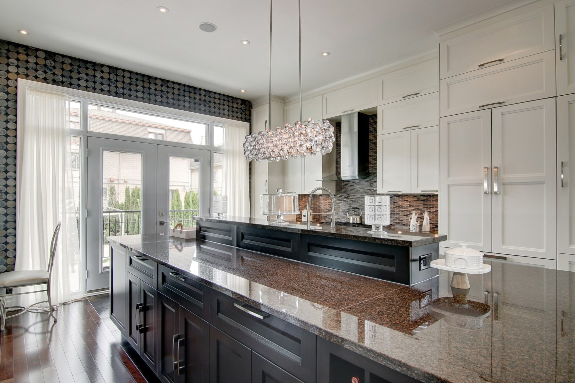 Luxurious Kitchen Design Property