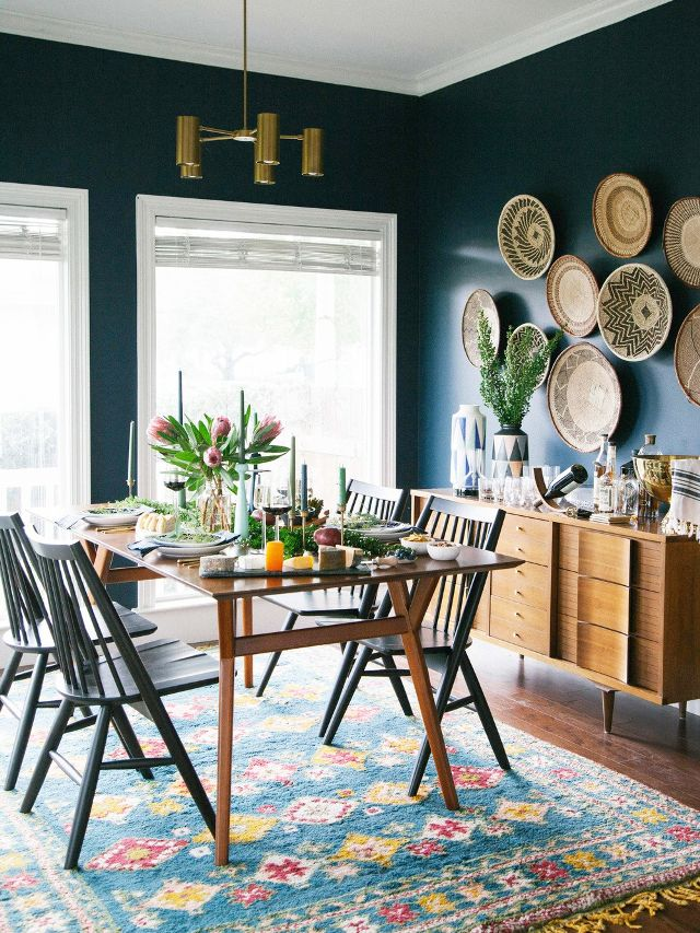 Needs-More-Cushions-Dining-Room-Decor