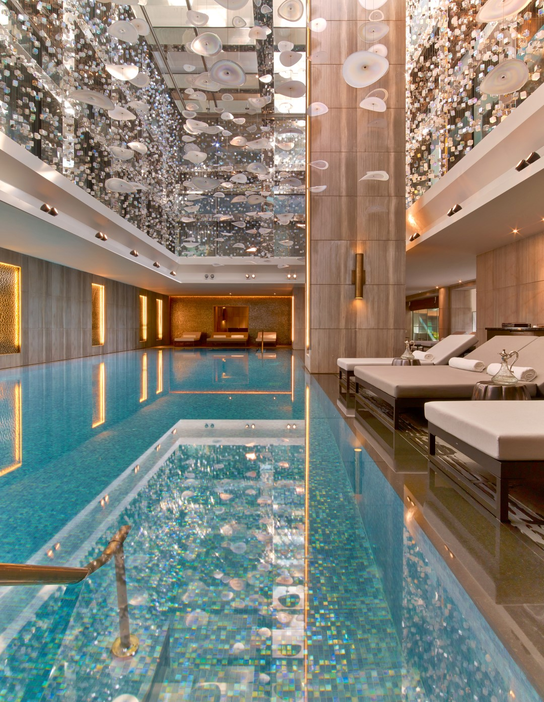 Top luxury pool design tips for the home by constantina for Decor hotel istanbul