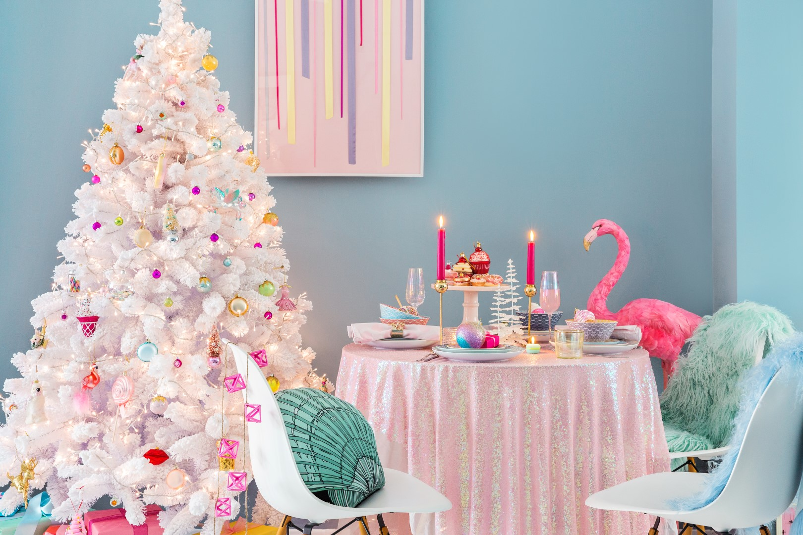 Explore Unique Christmas Decorating Ideas With The Kitschmas Trend