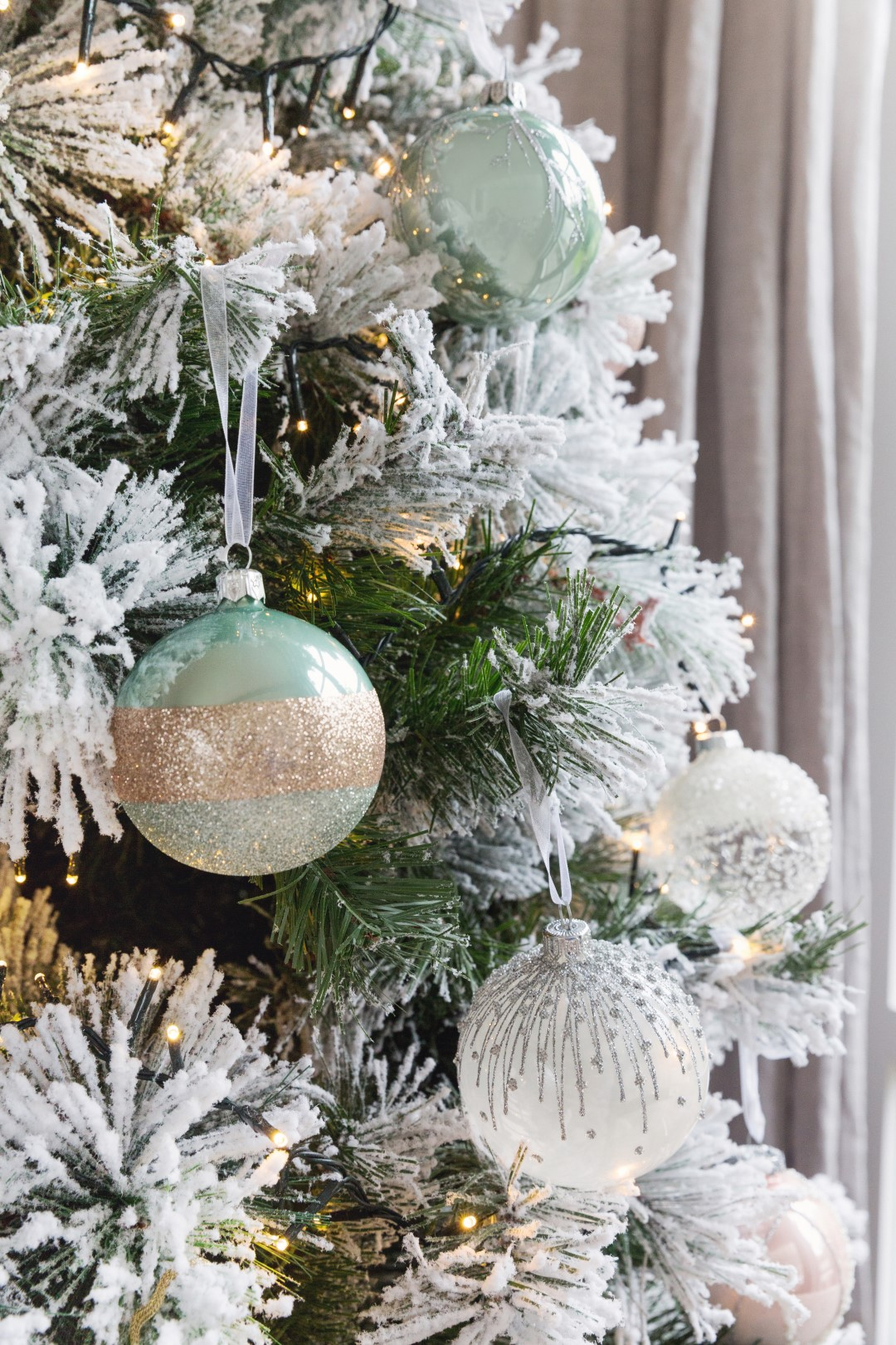 how to decorate your first home for christmas - Blush Christmas Decorations
