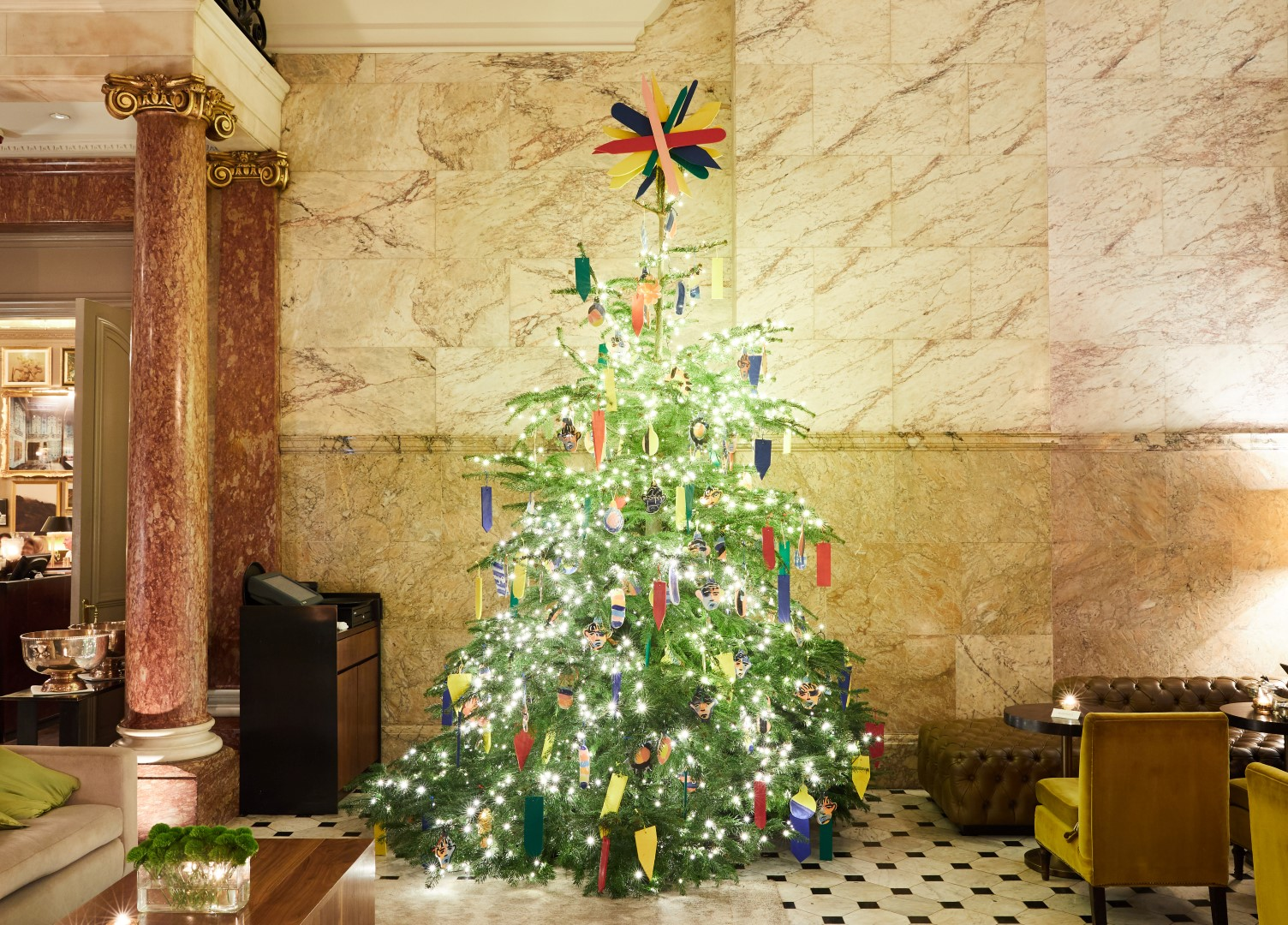 discover the london edition 2017 christmas tree by john booth