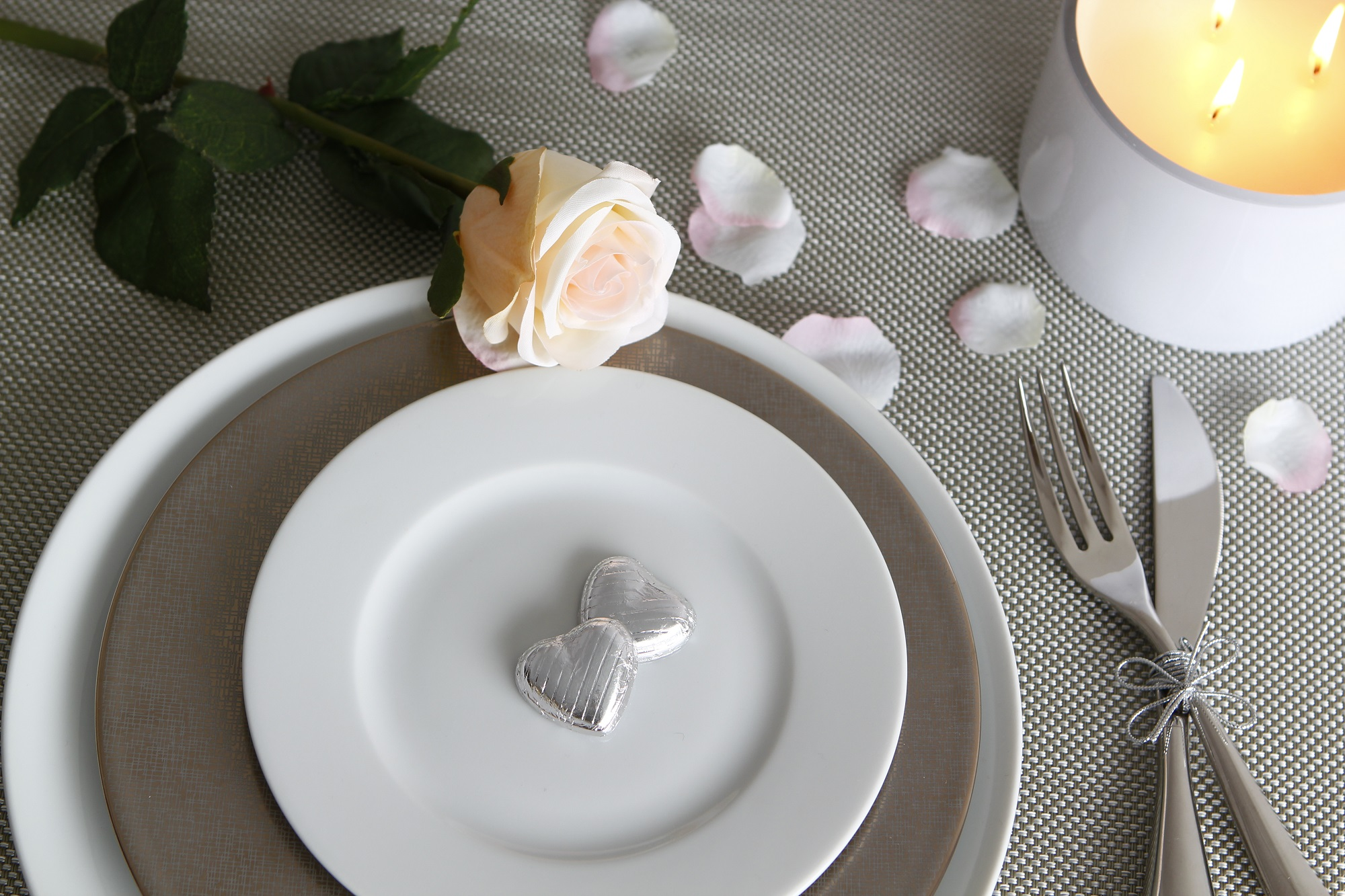 Slightly-Quirky-Valentine's-Day-Decor-Ideas