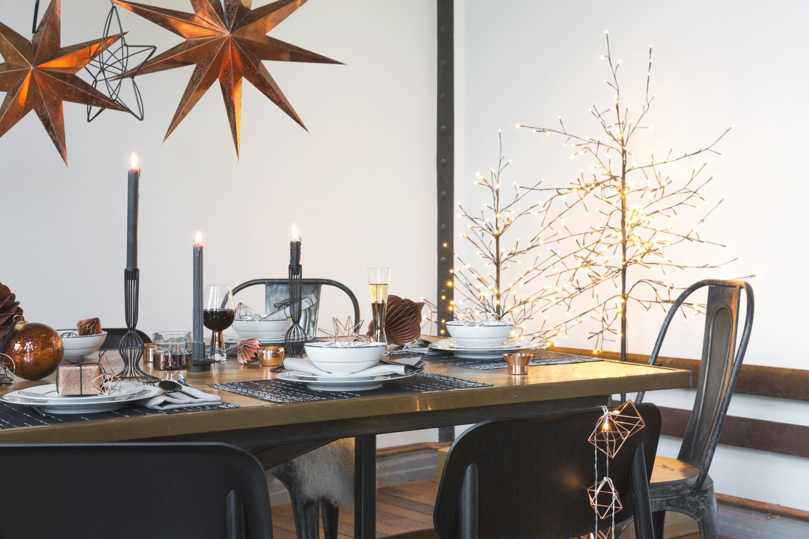 Embrace Industrial Christmas Decorations with the Urban Glow Trend