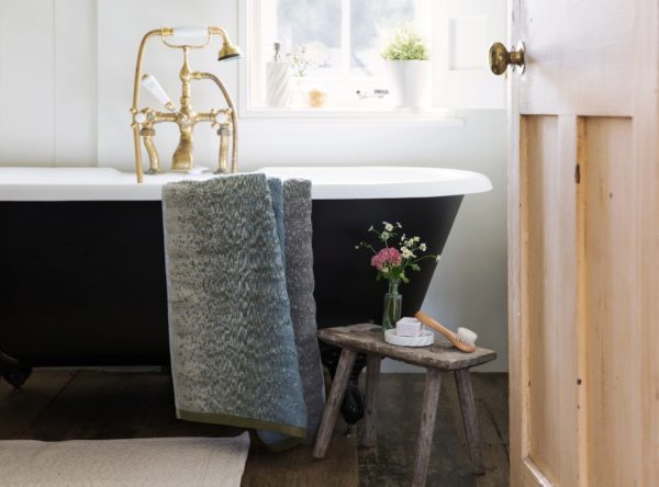 How to Refresh Your Bathroom