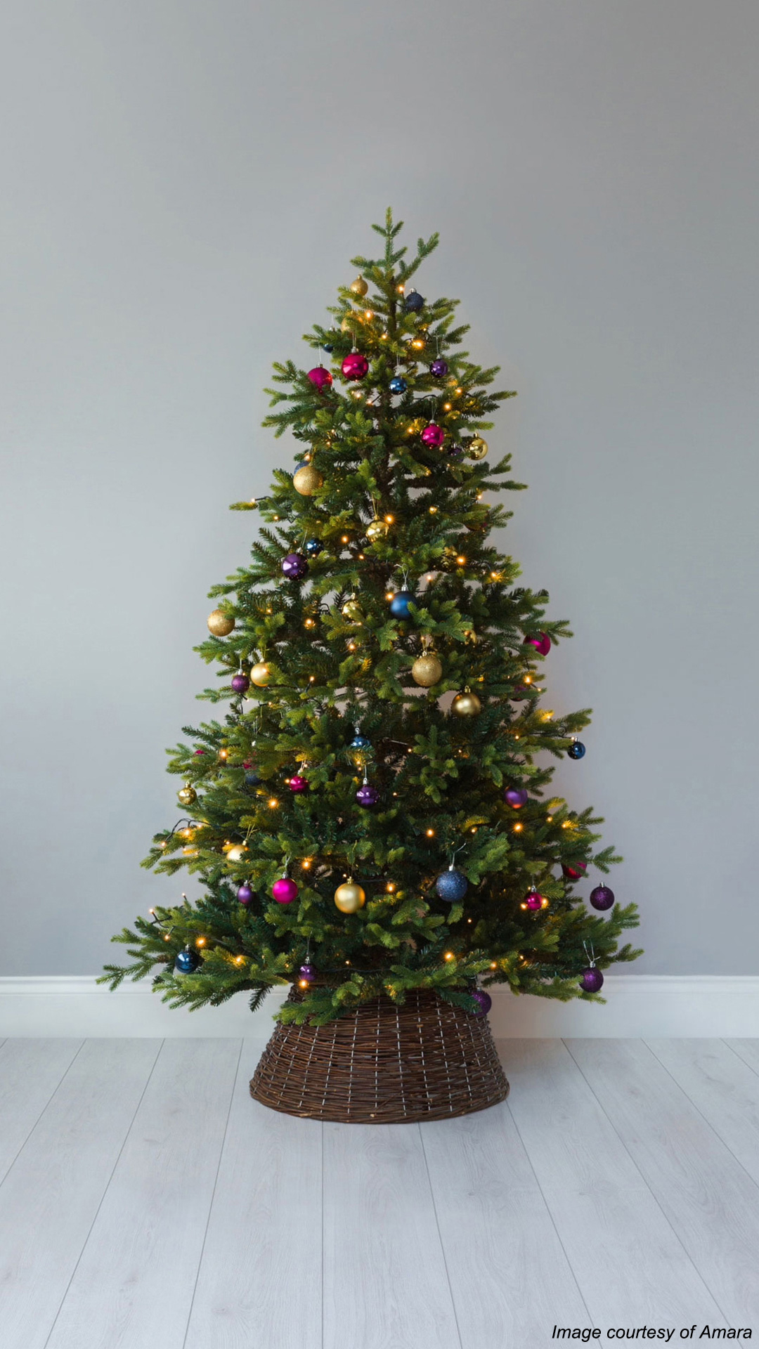 coloured-baubles-christmas-tree-decorating