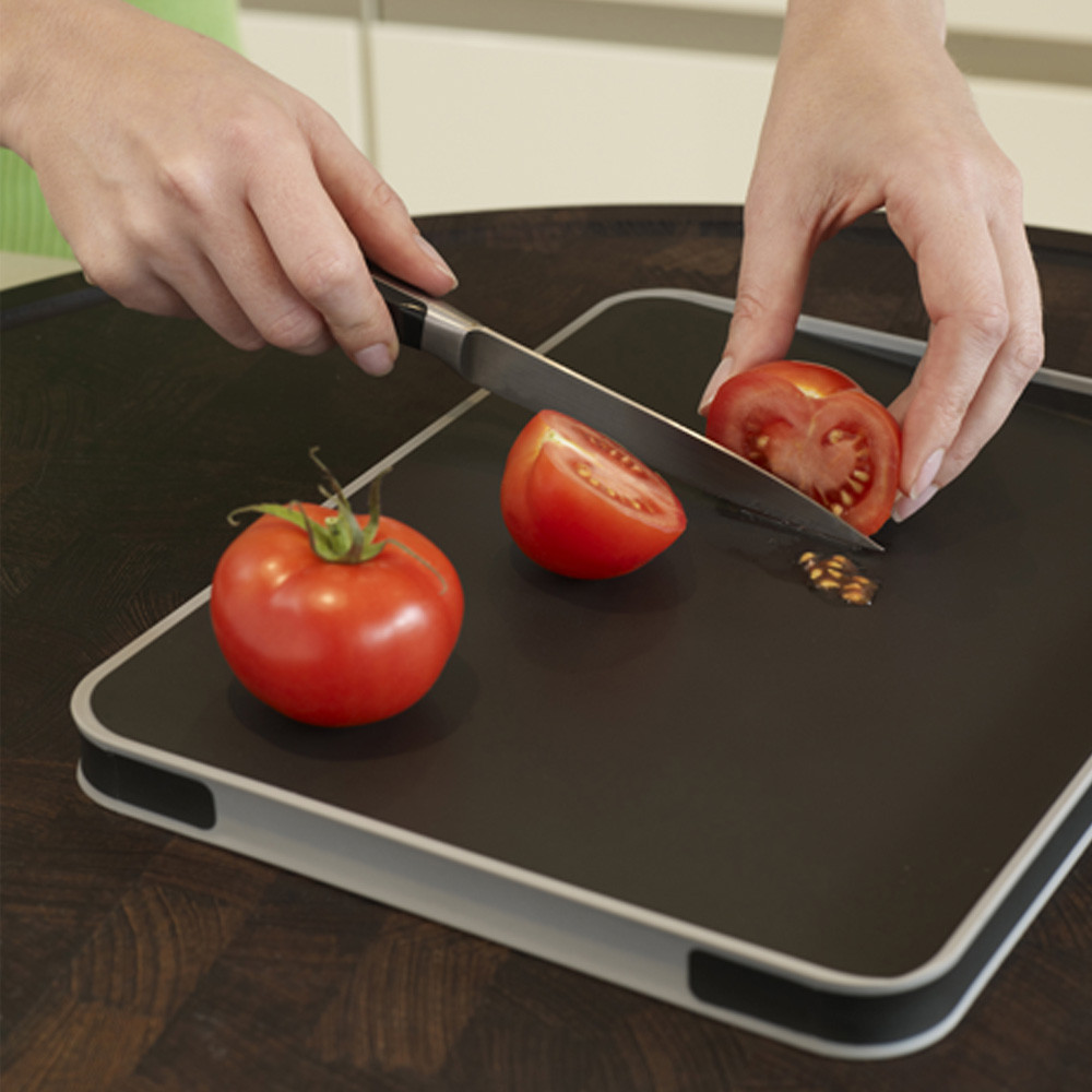 Red Joseph Joseph Large Cut and Carve Plus Multi-Function Chopping Board