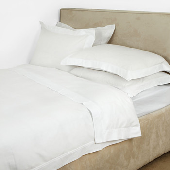 Triomphe Sateen Duvet Cover - White