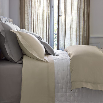 Triomphe Honey Duvet Cover