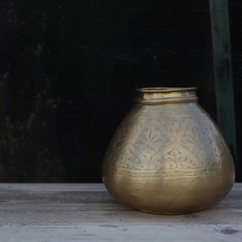 Nami Brass Pot - Round