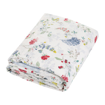 Hummingbirds Quilted Bedspread