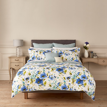 Poppy Quilt Cover - Blue