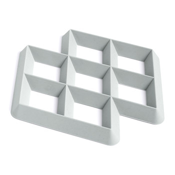Rhom Trivet - Light Grey