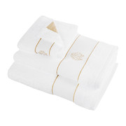 gold-bath-towel-white-hand-towel