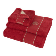 gold-bath-towel-red-hand-towel