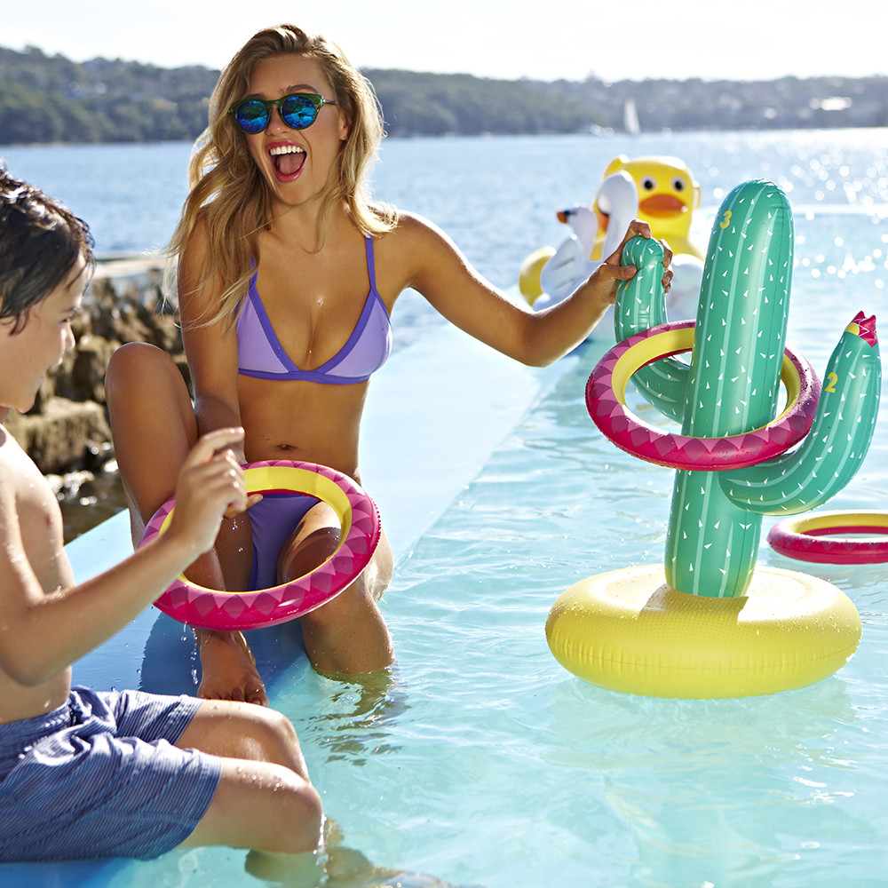 Sunnylife - Inflatable Cactoss Game