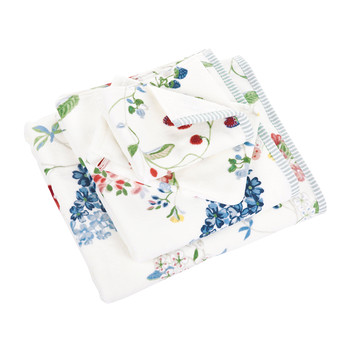 Hummingbirds Star White Towel