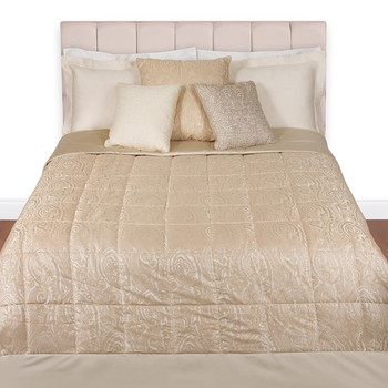 Yumbo Quilted Bedspread - 990