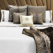 leopard-border-bed-set-super-king-white