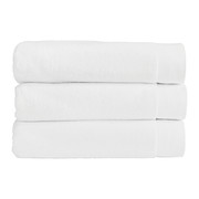 luxe-towel-white-hand