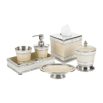 Classic Snow Bathroom Accessory Set