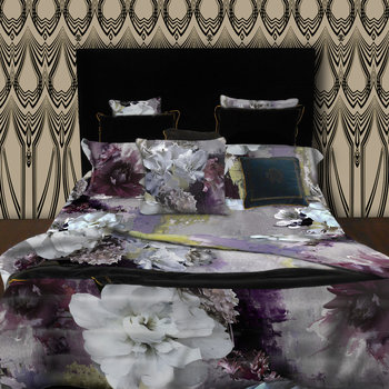 Dark Flower Bed Linen