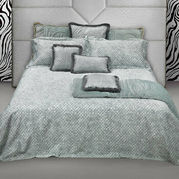 Flakes Water Bed Linen