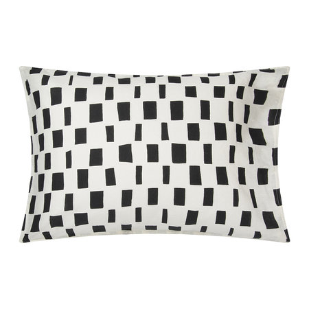 Marimekko - Iso Noppa Pillowcase - Off White/Black - 50x70cm