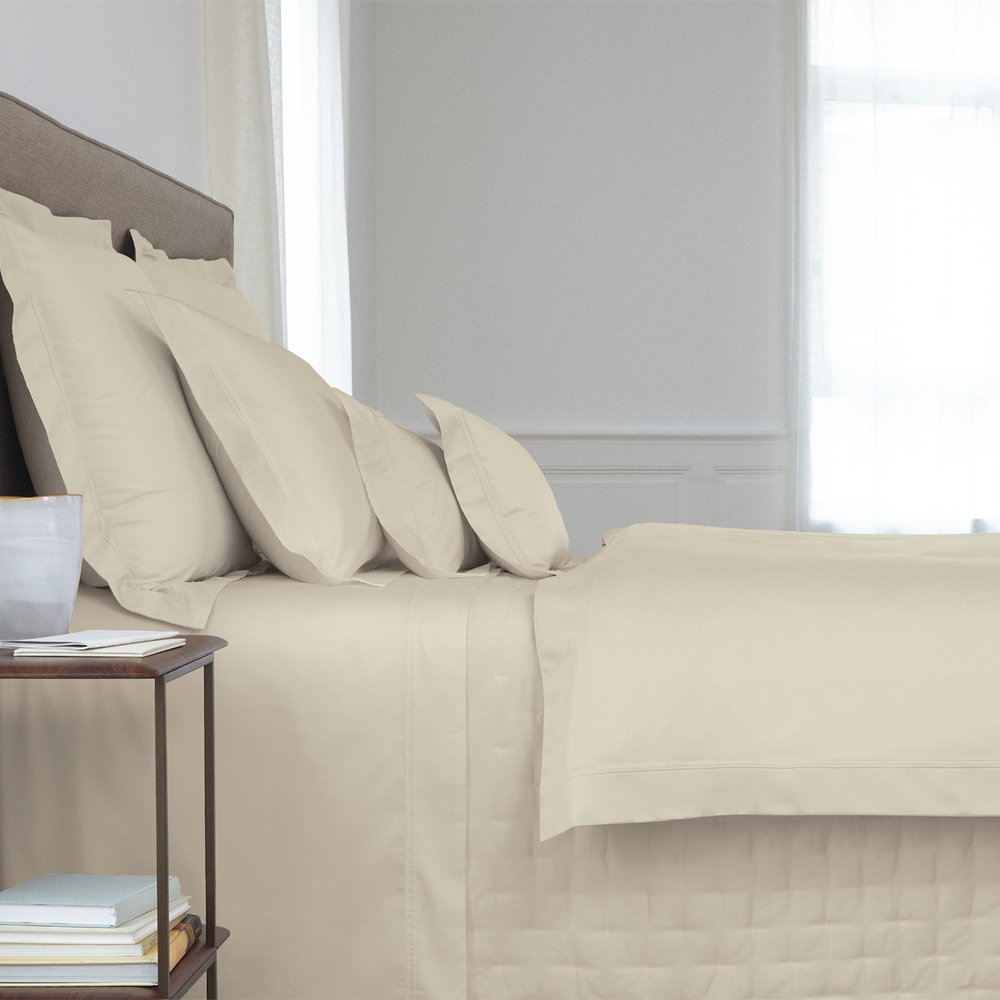 Yves Delorme - Triomphe Sateen Duvet Cover - Pierre - King