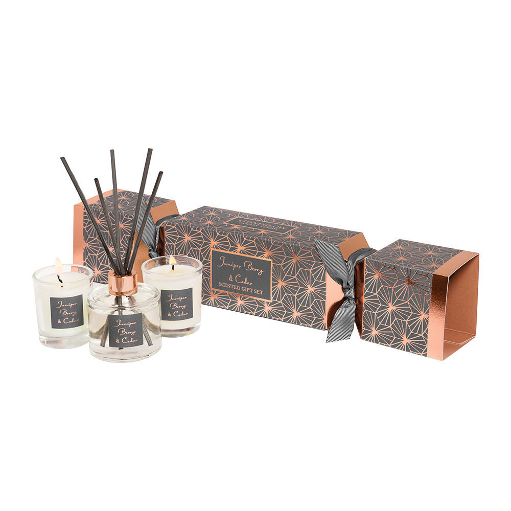 Stoneglow - Juniper Berry  Cedar Christmas Cracker Gift Set