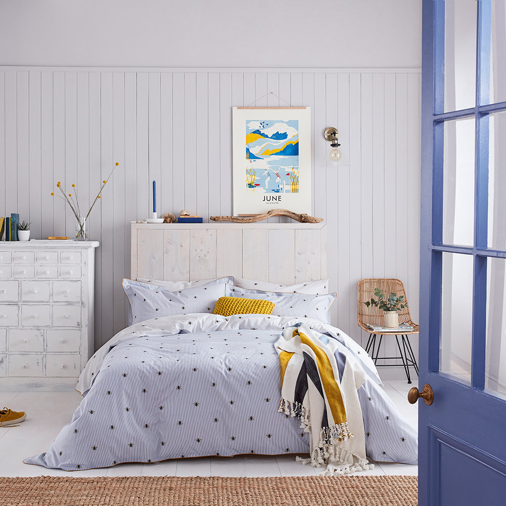 Joules - Botanical Bee Quilt Cover - Blue - Single