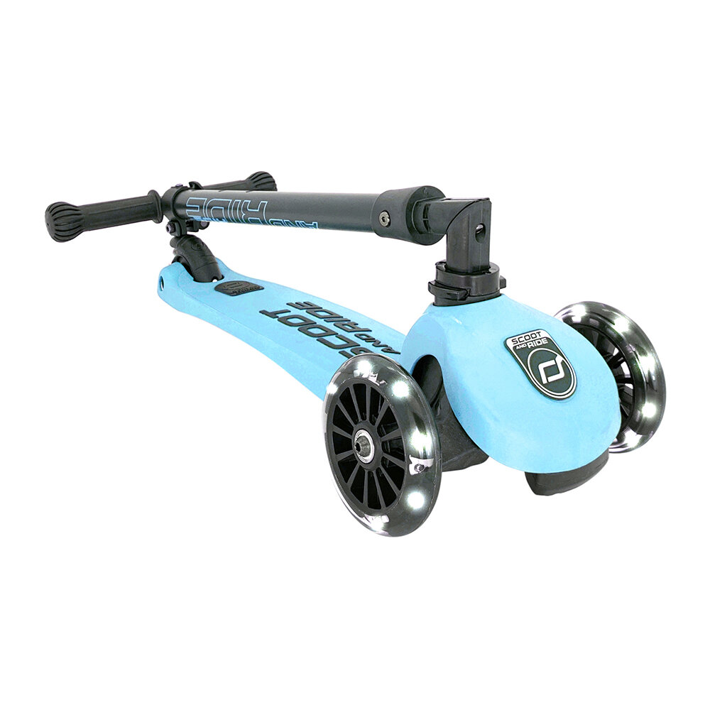 Scoot and Ride - Highway Kick 3 LED - Blueberry