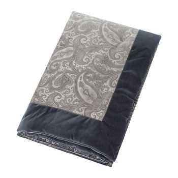 Lascari Quilted Throw - 140x140cm - Grey