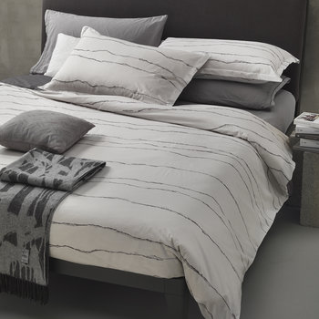 Ripped Waves Bed Set - Grey