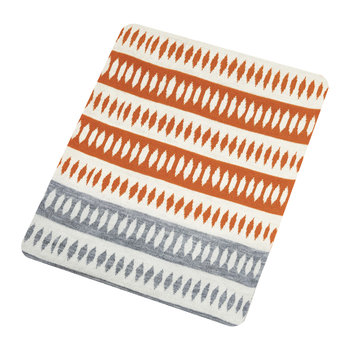 Noukku Knitted Throw - Rhubarb